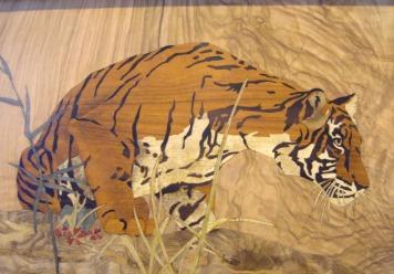 Tableau de Tigre en marqueterie, bois afrique.